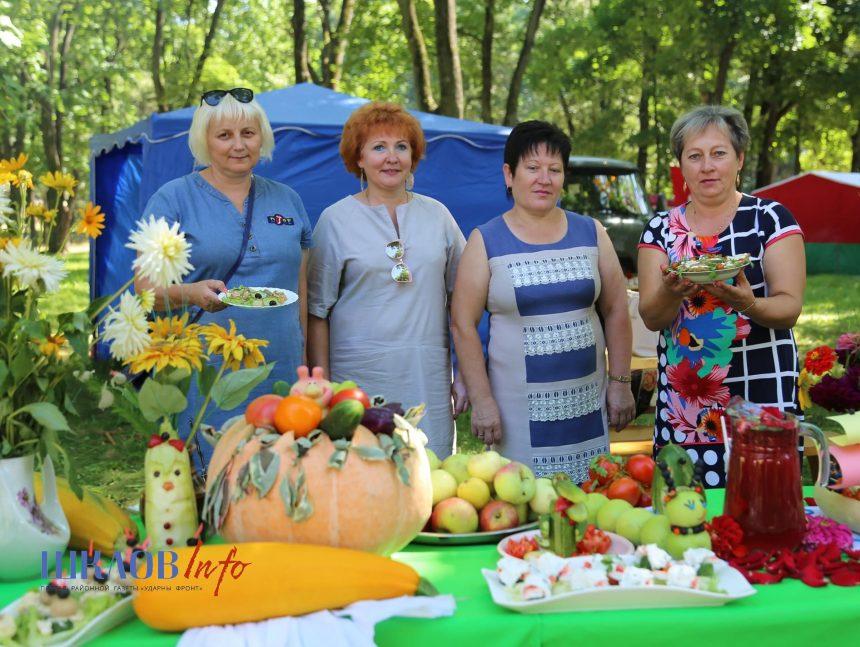 Шкловское УКП «Жилкомхоз» приняло участие в Празднике огурца (ФОТО)