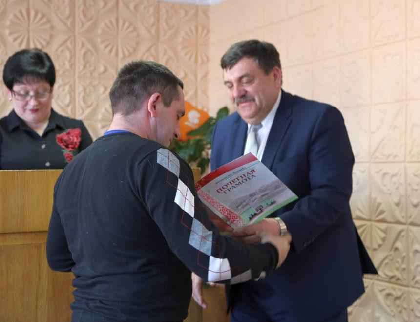 Коммунальники Шклова отметили профессиональный праздник (фотоотчет)